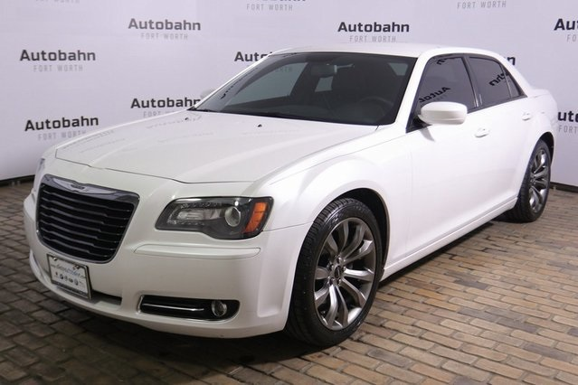 Pre-Owned 2014 Chrysler 300 S 5.7L HEMI